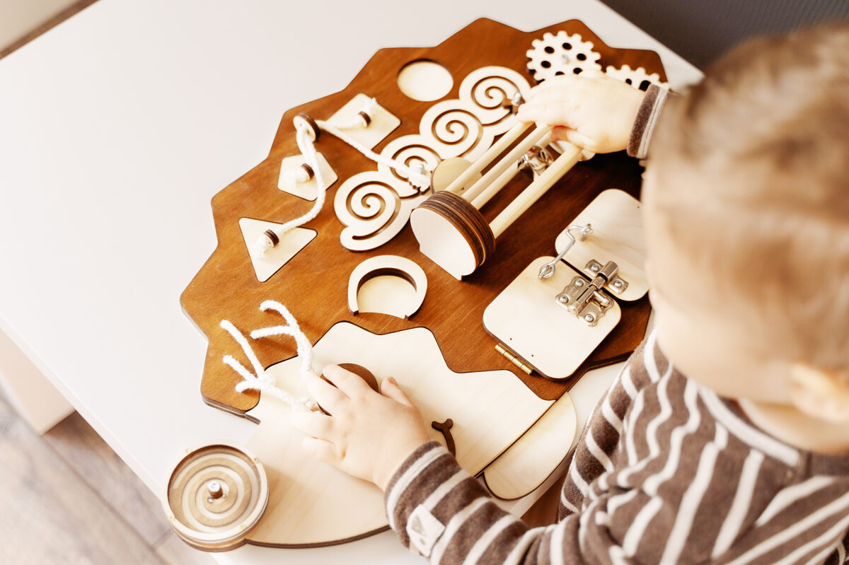 Busy Board - Ezis
